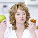 Як харчуватися, щоб не набрати вагу взимку?