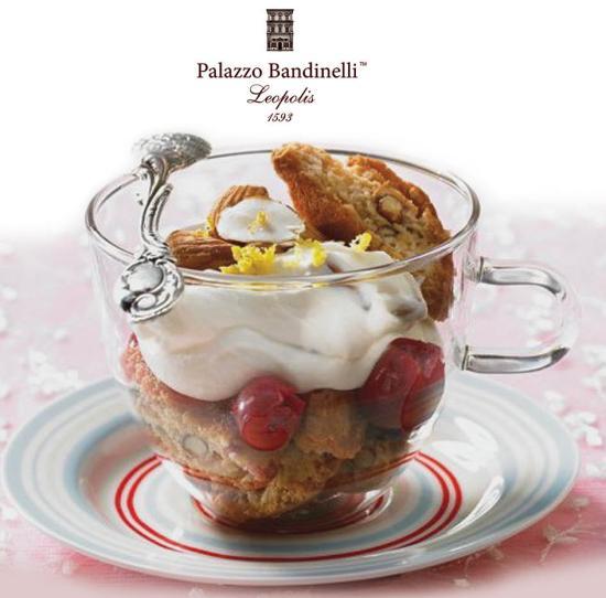 Десерт з Кантучіні