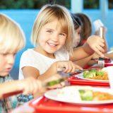 Вітаміни і продукти для успішного розумового розвитку дитини