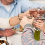 Як правильно пити воду, і навіщо це робити?