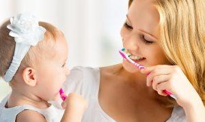 Як привчити дитину чистити зуби