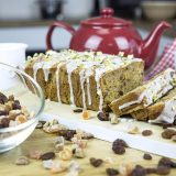 4 рецепти випічки, що скрасять осінні вечори: вафлі, пиріг, кекс, брауні